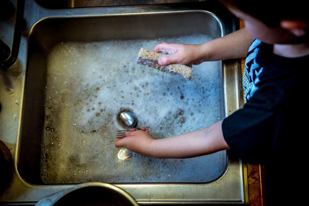 How to clean dishwasher, How to Clean dishwasher with vinegar, how to Clean dishwasher with CLR, how to Clean dishwasher with bleach, how to Clean dishwasher with Dishwasher Salt ,how to Clean dishwasher with lemon,